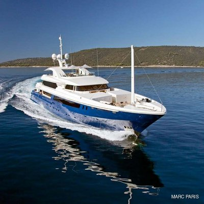 Mary-Jean II Yacht Running Shot with Tenders
