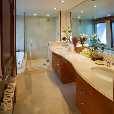 Stargazer Yacht Master Bath