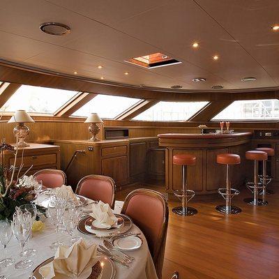 Antara Yacht Dining & Bar