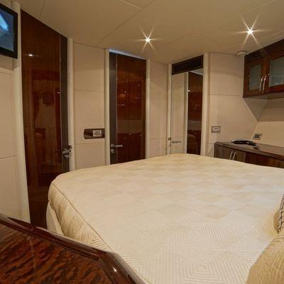 Lady H Yacht
