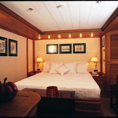 Nibani Yacht Guest Stateroom