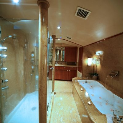 Endless Summer Yacht Master Bathroom