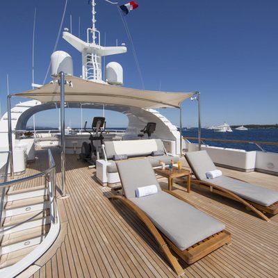 Lady Ellen II Yacht Sundeck - Loungers