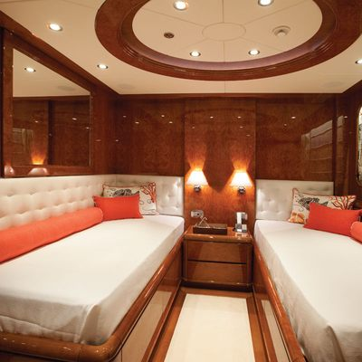 Baron Trenck Yacht Twin Stateroom