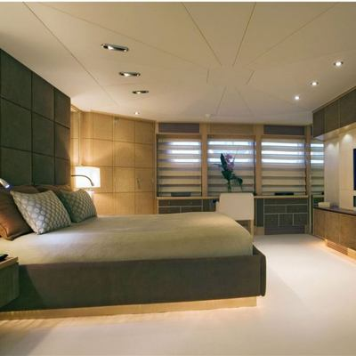 Deep Blue II Yacht Master Stateroom - Screen