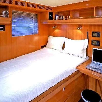 Mumu Yacht Single Guest Stateroom