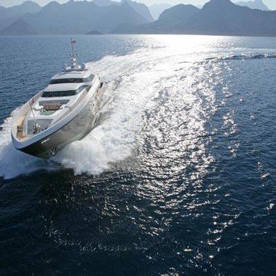 Namaste 8 Yacht Running Shot - Front View