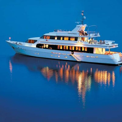 Carmen Fontana Yacht Profile - Night
