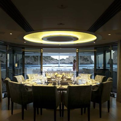 Quite Essential Yacht Dining Salon - Lights