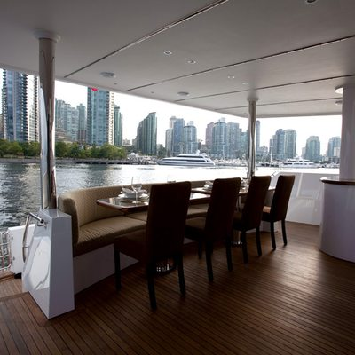 Liquidity Yacht Exterior Dining