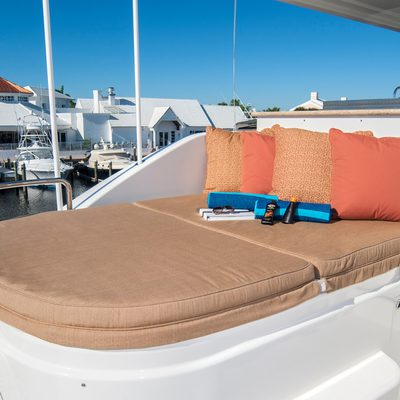 Wild Kingdom Yacht