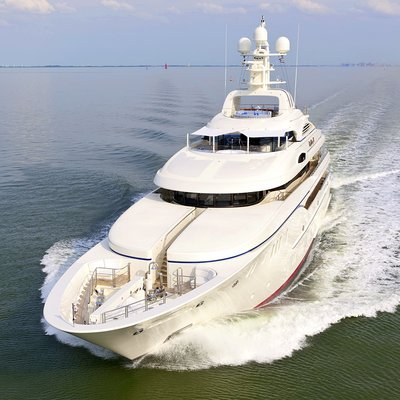 Lady Kathryn V Yacht Running Shot - Front View