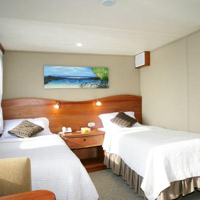 Integrity Yacht Twin/King Convertible Cabin