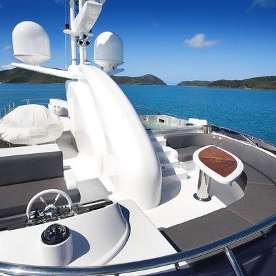 De Lisle III Yacht Sundeck