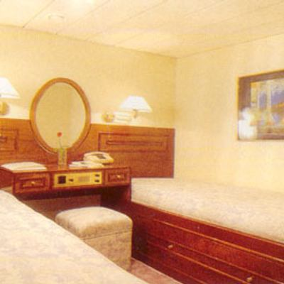 Sea Crown Yacht Twin Stateroom