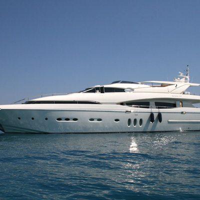 Rini V Yacht