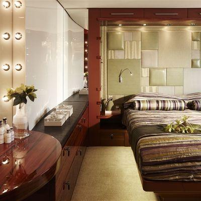 E & E Yacht Guest Stateroom