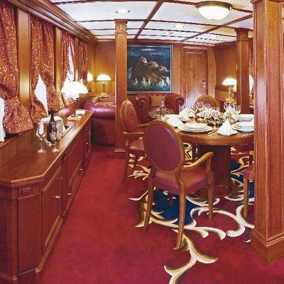 Seagull II Yacht Master Private Salon