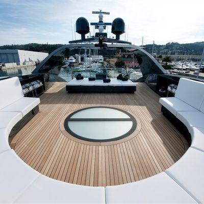 Ocean Emerald Yacht Circular Seating