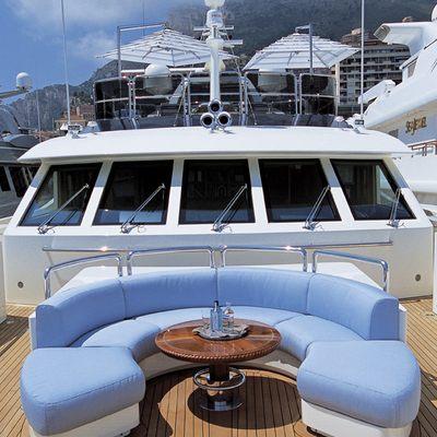 Jo Yacht Circular Seating
