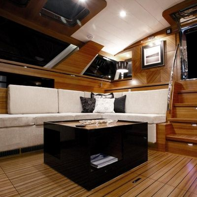 Intuition Yacht