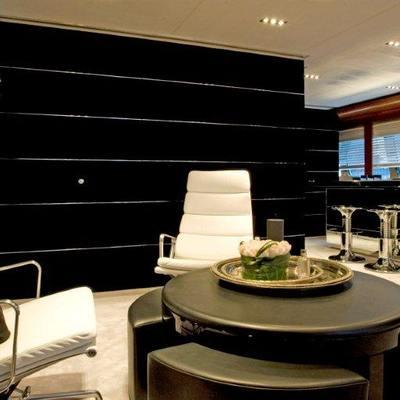 Bliss Yacht Main Salon - Bar