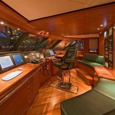 Solaia Yacht Bridge