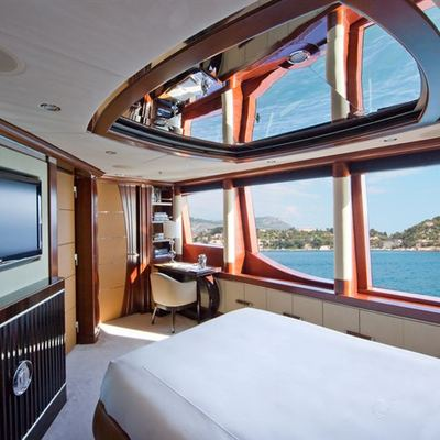 Latitude Yacht VIP Stateroom - Upper Deck