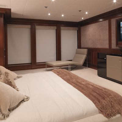 My Little Violet Yacht Master Stateroom - Screen