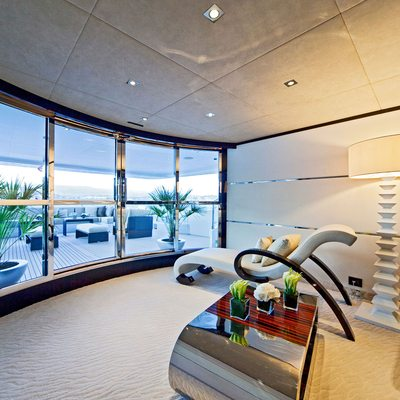 Seven S Yacht View Outside
