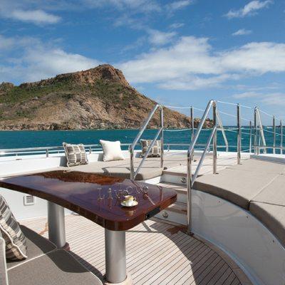 Ocean Club Yacht Seating