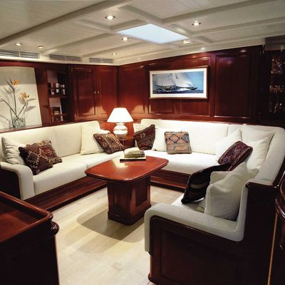 Windrose of Amsterdam Yacht Saloon - Seating