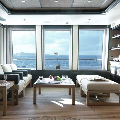 Harle Yacht Skylounge