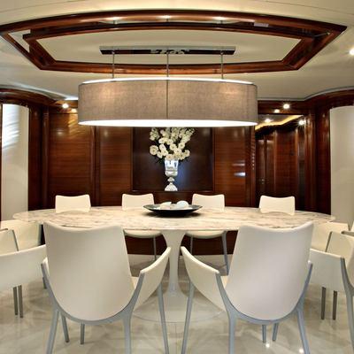 Libertas Yacht Dining Table