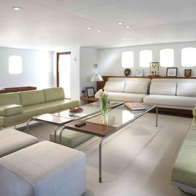 Dionea Yacht Main Saloon - Overview