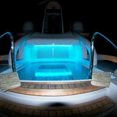 Siren Yacht Jacuzzi - Night