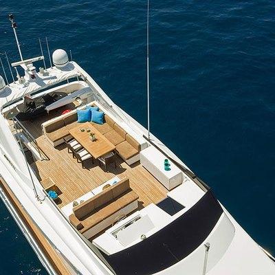 Salina Yacht