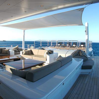 Siren Yacht Sundeck - Seating Area