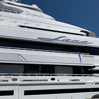 Lana Yacht