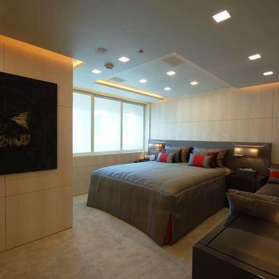 Siren Yacht Guest Stateroom - Window