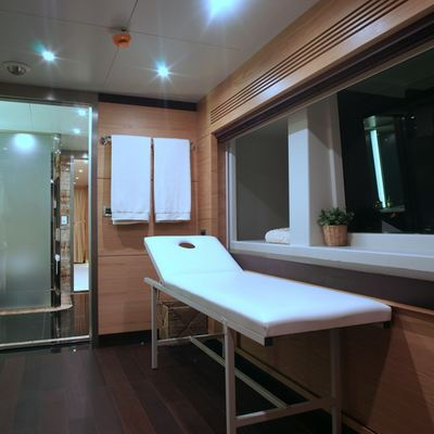 Tatiana Yacht Treatment Room/Bathroom