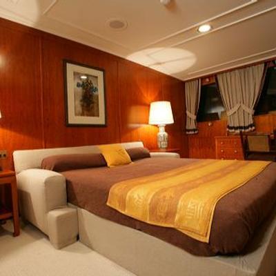 Secret Life Yacht VIP Stateroom