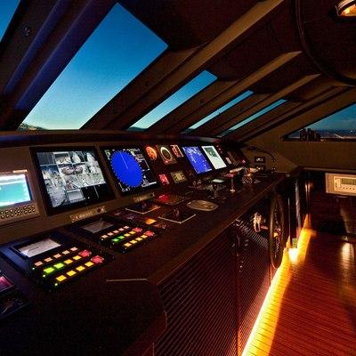Seven S Yacht Bridge