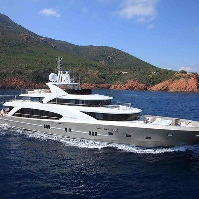 La Pellegrina I Yacht Running Shot