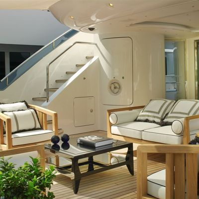 Lady MM Yacht Deck Seating