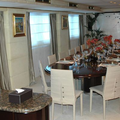 Esmeralda Yacht Dining Salon