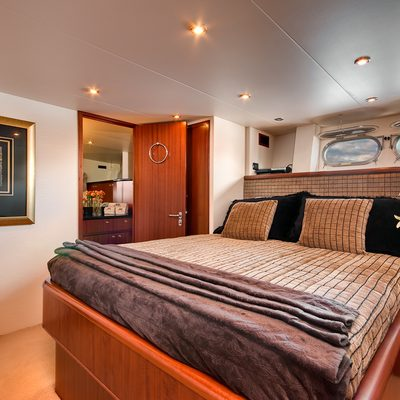 Andiamo Yacht Stateroom