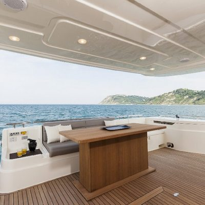 Sea Wind Yacht