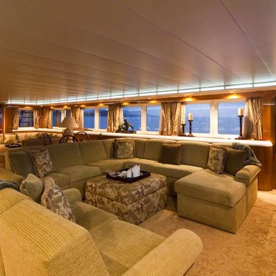 Big Eagle Yacht Main Salon - Seating