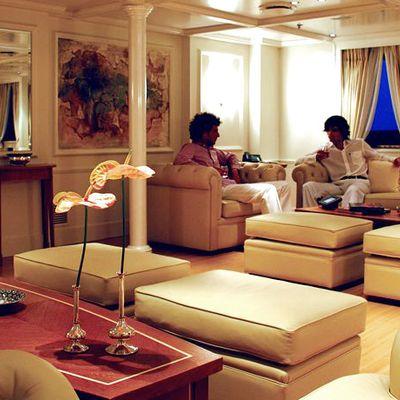 Elegant 007 Yacht Salon - Seating